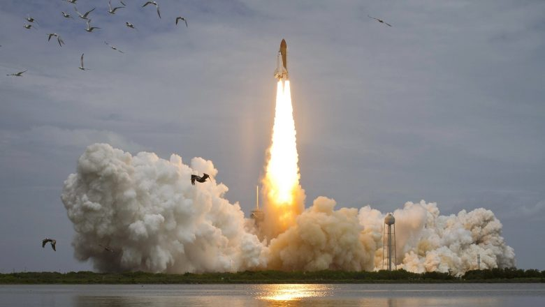 Space shuttle Atlantis blasts off at Kennedy Space Center